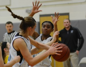 Gallery: Sophomore Girls Basketball vs Olathe South