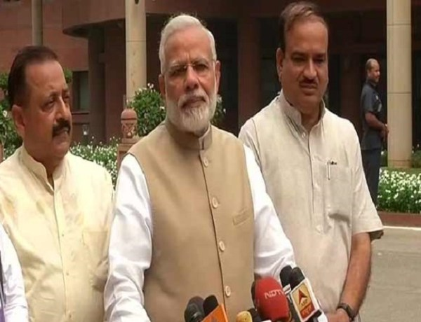 "#MonsoonSession: PM kicks-off session with ""growing stronger together"" spirit of GST"