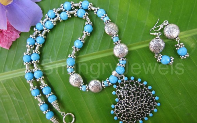 Trendy-Blue-bee-Neck-Set-EC-13-Smingry-Jewels