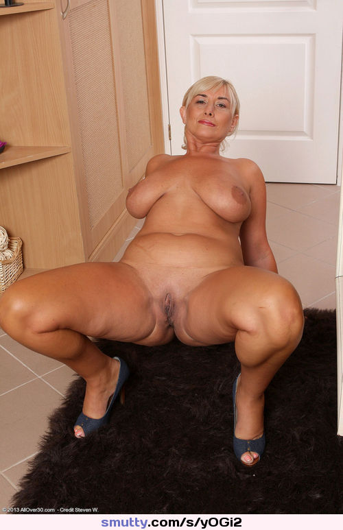 naked milf with tan lines