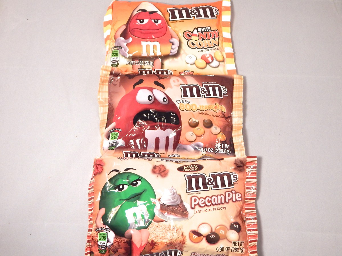 [3-Pack Review] White Candy Corn M&Ms, White Boo-tterscotch M&Ms, and Pecan Pie M&Ms