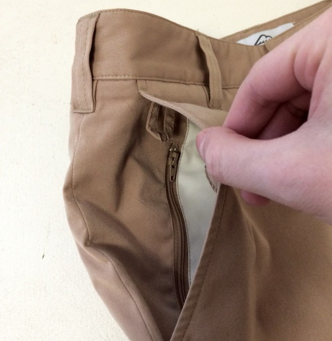 Bluffworks Chino Front Right Pocket