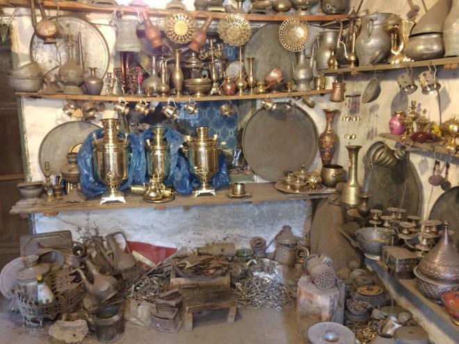 Lahic coppersmith workshop