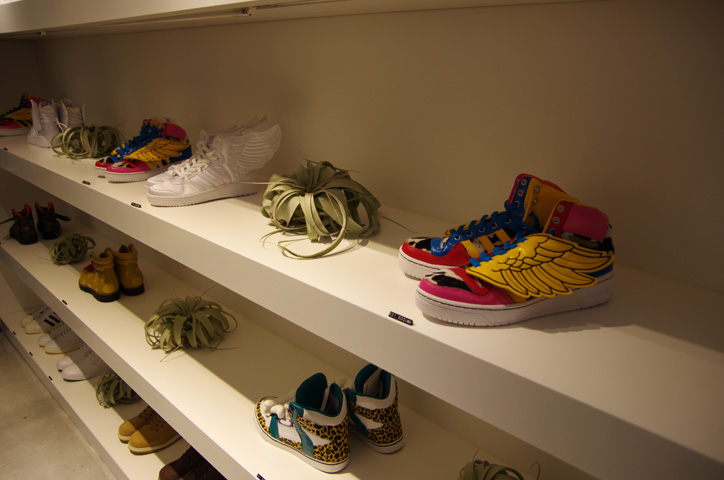 Photo10 - adidas Originals by JEREMY SCOTT XMAS PACK Release Party Recap