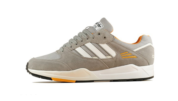 Photo02 - adidas Originals 2013 Tech Super