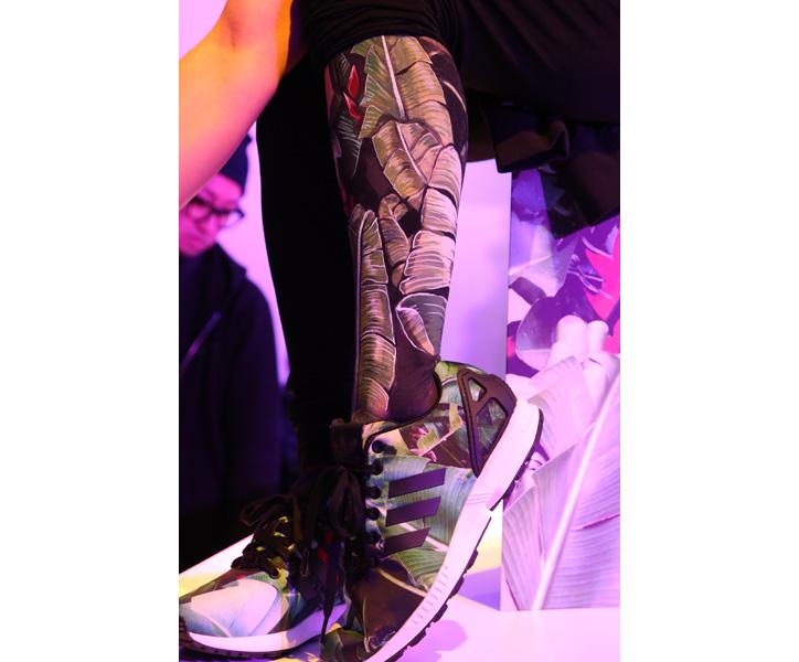 Photo09 - アディダスは、スマートフォンで撮影した写真がスニーカーのアッパーデザインになる adidas mi ZX Flux Photo Print がスタート