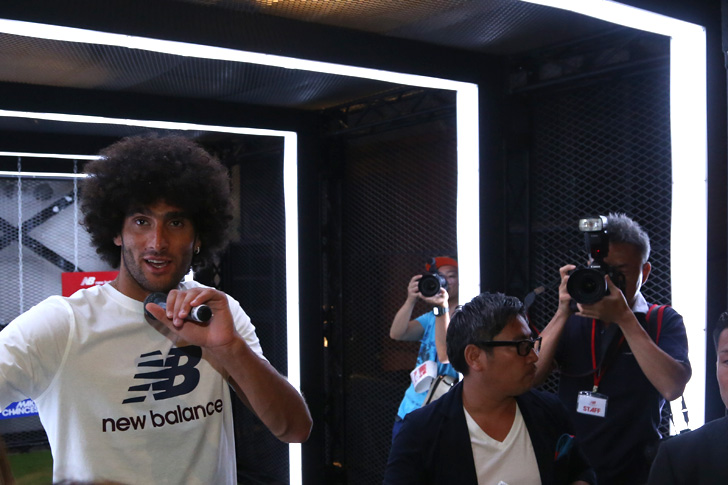 Photo21 - マンチェスター・ユナイテッド所属のマルアン・フェライーニ選手を招いた New Balance FOOTBALL 2015FW BOOTS REVEAL PARTY が開催