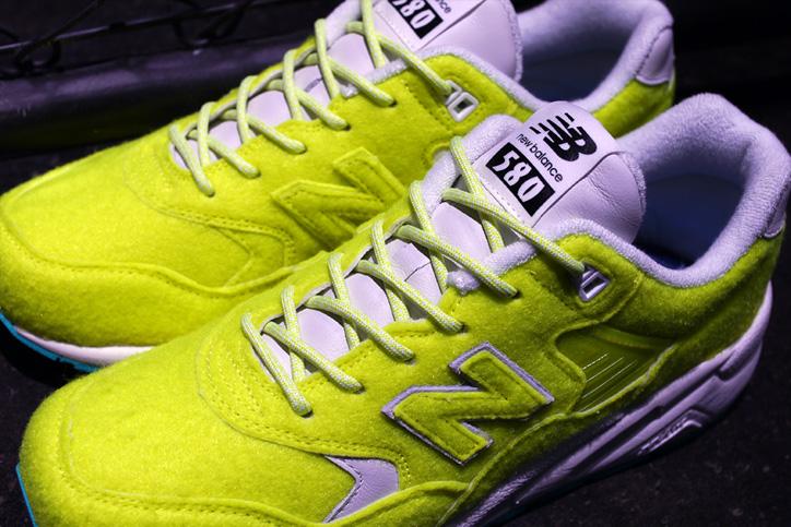 "Photo04 - new balance MRT580 ""The Battle of Surfaces"" ""mita sneakers"" のWeb販売がスタート"