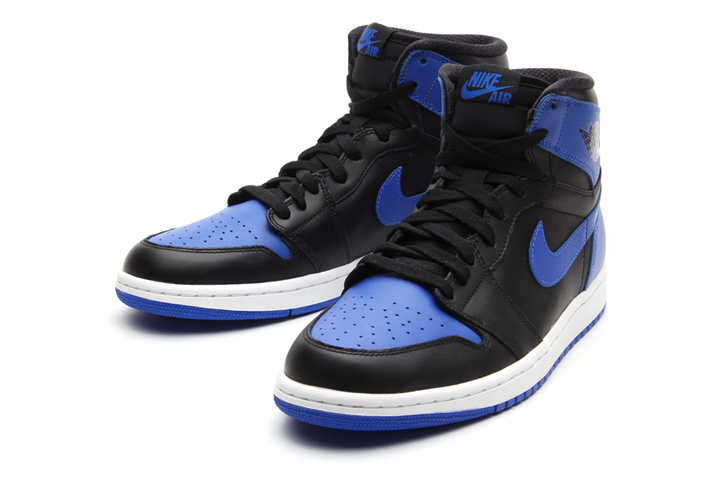Photo02 - NIKE AIR JORDAN 1 RETRO HIGH OG BLACK/VARSITY ROYAL/BLACK