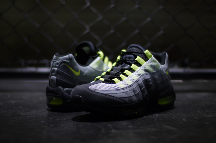 "Photo02 - mita sneakers x NIKE AIR MAX 95 ""PROTOTYPE"""