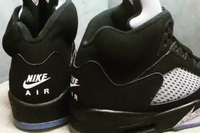 nike-air-jordan-5-black-metallic-2016-sample-01-681x455-thumbnail2