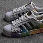"""6月16日0時発売予定 adidas Originals x Stonewall LGBT""""Pride"""" Pack"""