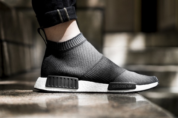 adidas-city-sock-black-white-closer-look-1