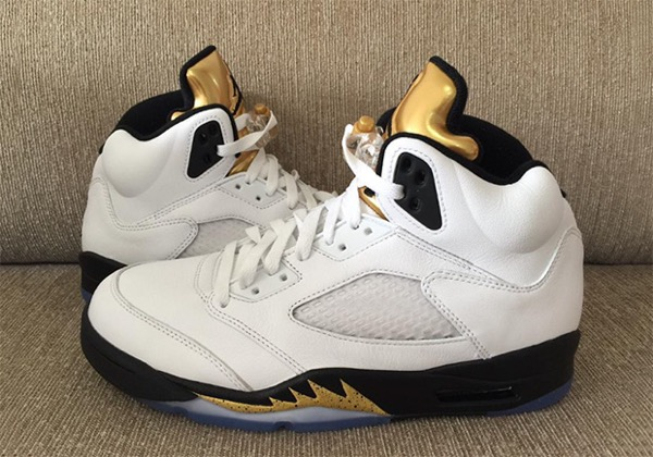 air-jordan-5-gold-tongue-details-01