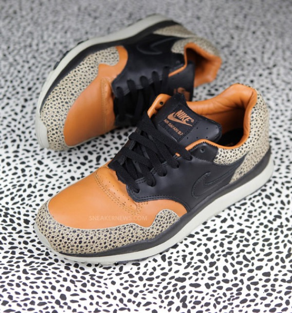 nike-air-safari-87-25th-anniversary-1