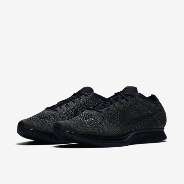 nike-flyknit-racer-triple-black-midnight00