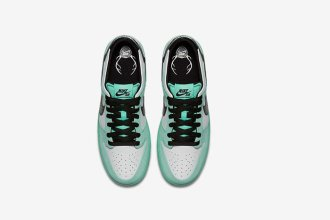 nike-sb-dunk-low-sea-crystal-4