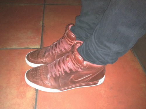 Nike_air_royal_mid
