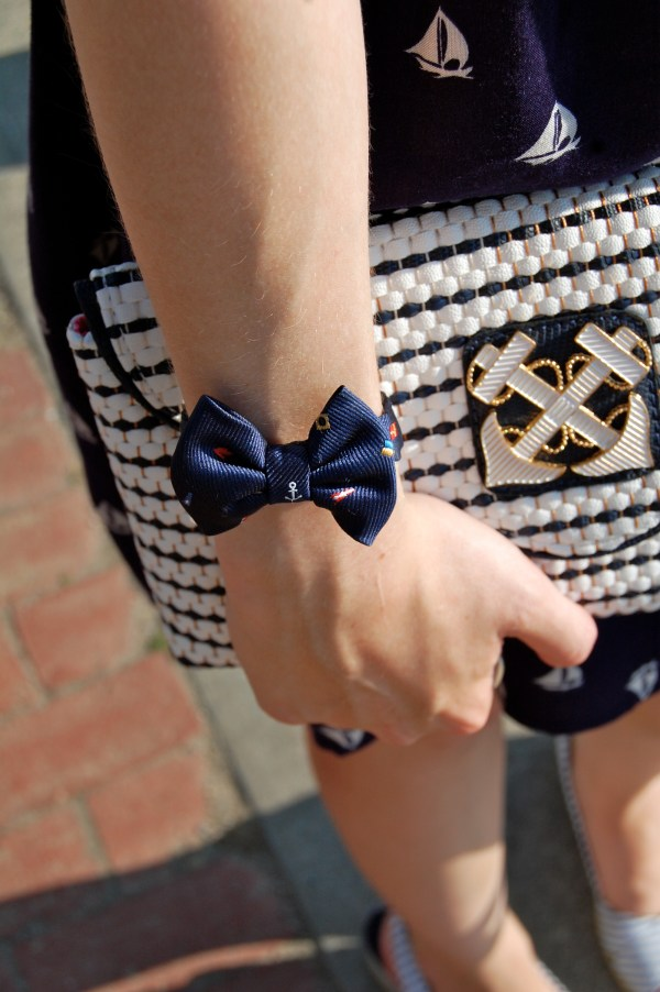 kjp nantucket regatta vickers bow bracelet; lilly pulitzer anchor clutch