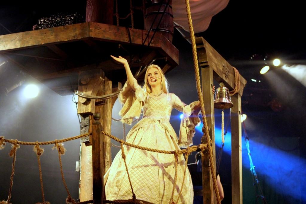 Are you planning a vacation to Southern California? Then you will want to visit Pirate's Dinner Adventure in Buena Park where diners enjoy dinner and a show with an 18th-century ship replica as the stage. The show is appropriate for all ages!