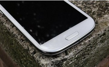 Samsung Galaxy S III is loaded with new features; Samsung aims to continue to be a strong force in the mobile phone market. (Image: marrydorcy789 (CC) via Flickr)
