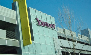 Yahoo Names Ex-Googler As New COO