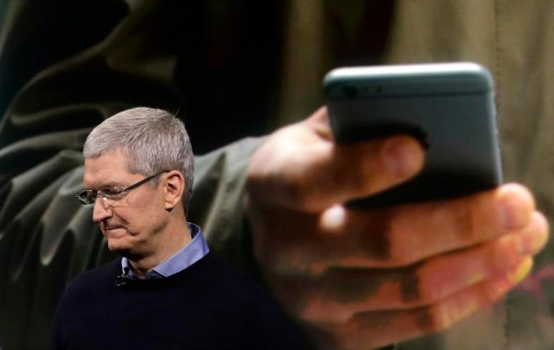 iPhone Sales drop