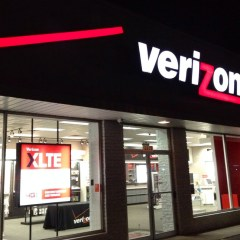 Verizon Wireless Warns Voracious Data Users to Switch Plans – Or Else