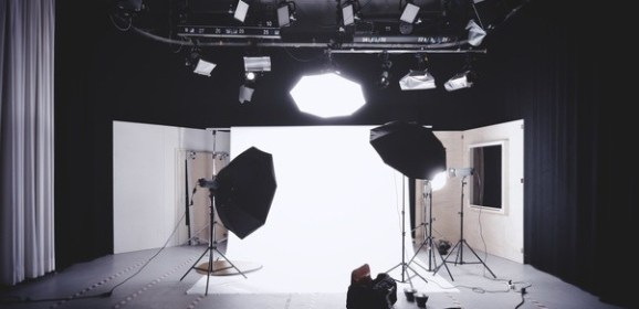 How to set up a video studio on a low budget—quality equipment to consider