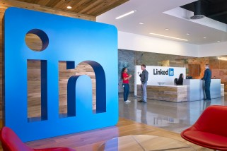 LinkedIn's new tool will tell you how much your new job should pay