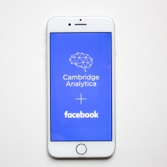 Facebook will notify users if Cambridge Analytica shared their data