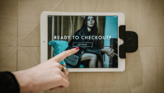 4 Tips for Purchasing Jewelry and Clothing Online