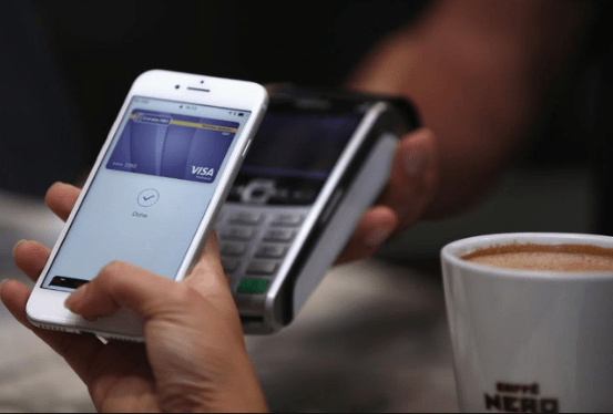 4 top apps for sending money to a loved one