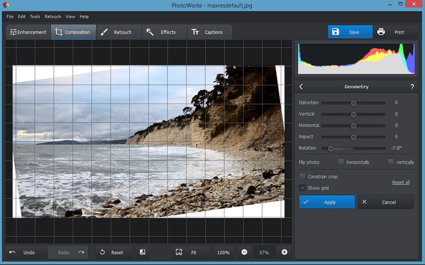 How to Straighten a Tilted Photo and Easily Level It Out