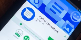 Google Messages is testing smart suggestions for stickers