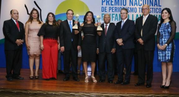 principal-3-manuel-quiterio-cedeno-karina-estevez-erenia-gonzalez-francisco-javier-garcia-wendy-almonte-osvaldo-santana-luis-jose-chavez-jose-rafael-sosa-y-mariela-beras