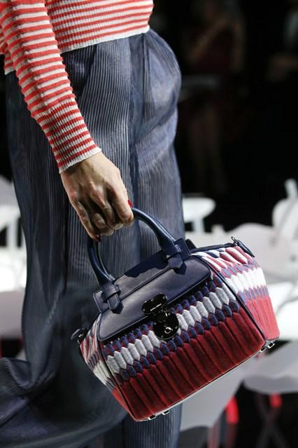 Armani_italian designs-fashion-magazine (2)