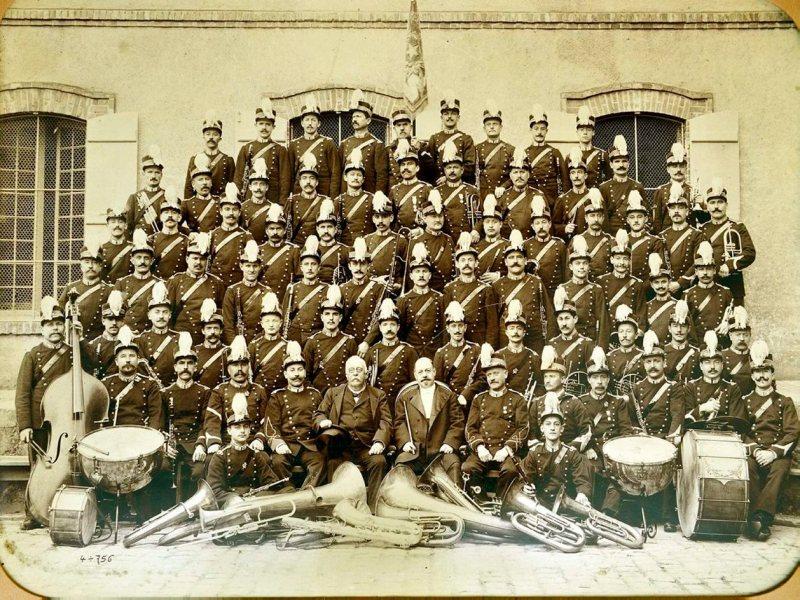 1898 Epernay. La banda musicale Moet & Chandon