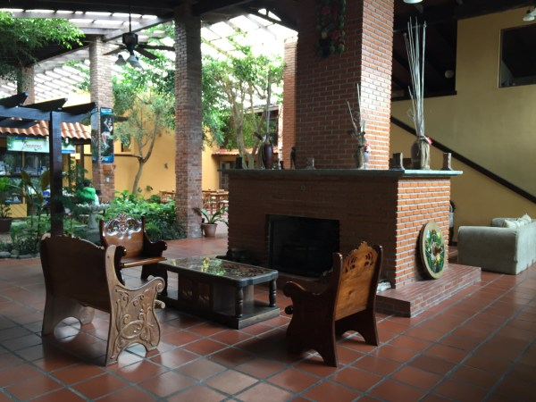 Lobby del Arenal Lodge