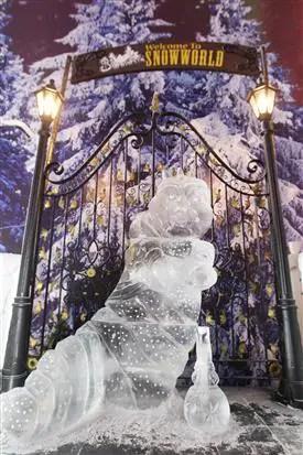 "SnowWorld dengan tema terbaru ""The Story of All Ice"""