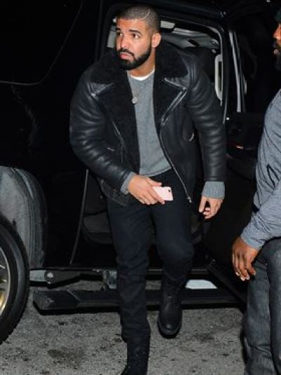 Drake Goes the Nice Guy Club in West Hollywood Pictured: Drake Ref: SPL1213917 230116 Picture by: All Access Photo Splash News and Pictures Los Angeles:310-821-2666 New York: 212-619-2666 London: 870-934-2666 photodesk@splashnews.com