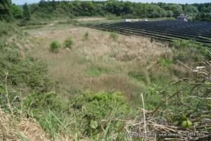 太陽光発電所7号基の下見(写真右上に見えるメガソーラーの手前が予定地)