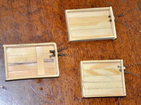 invencoes-presos - carregador de celular palito