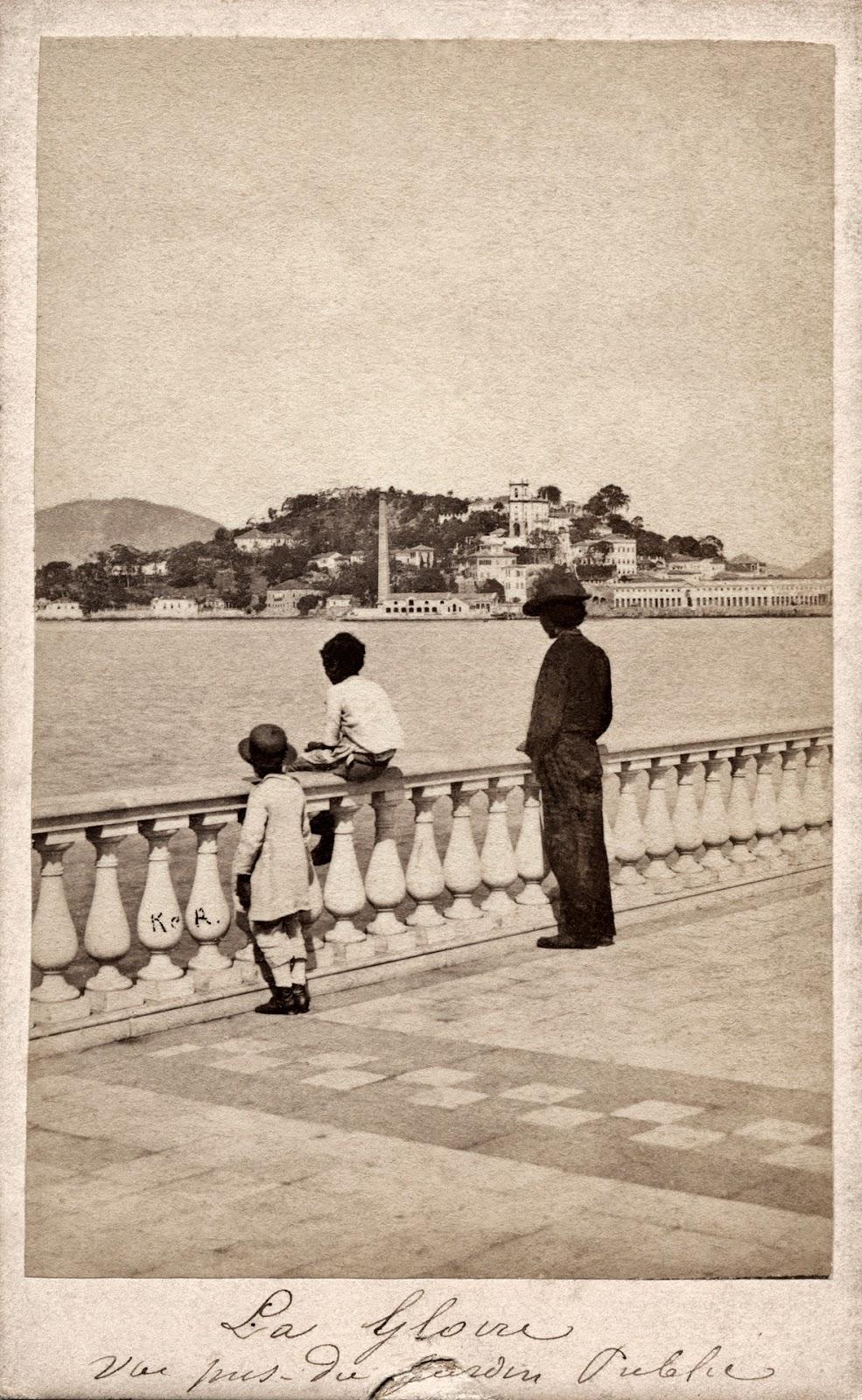 A Glória, vista do Passeio Público, Rio de Janeiro, 1861 (Revert Henrique Klumb_Acervo Instituto Moreira Salles)