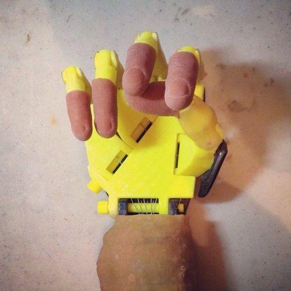 mão robótica (2)