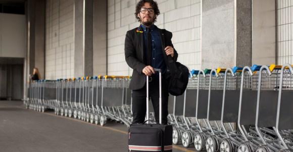 Contra o preconceito, fotógrafo viaja o mundo clicando o cotidiano de homens gays