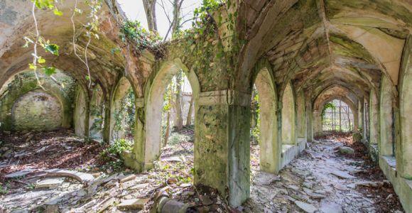 Fotografar lugares abandonados foi a obsessão dele durante uma viagem pela Europa