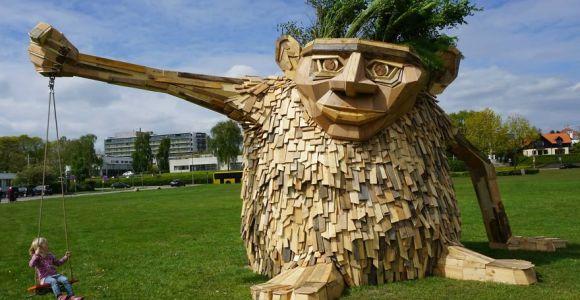 Artista cria esculturas gigantescas usando madeira de sucata!