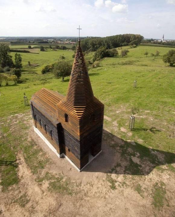 Igreja diferente 1