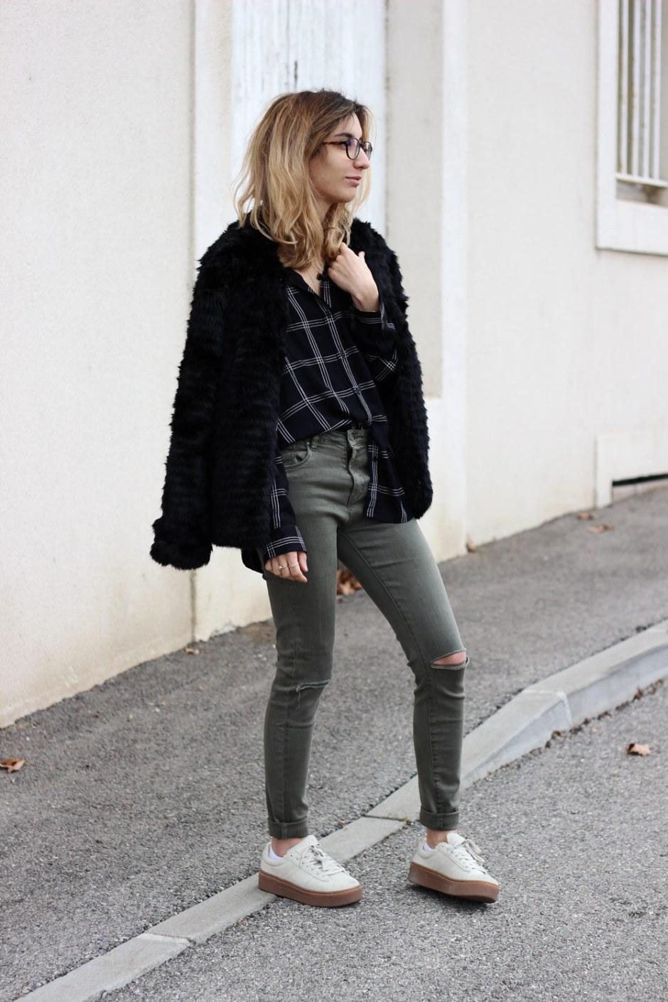 cache-cache-look-jeans-kaki-chemise-carreaux